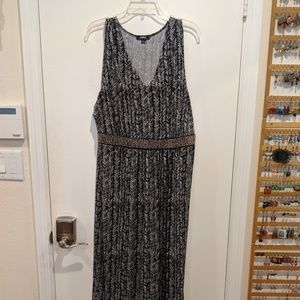 Black & white Elementz maxi dress